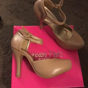 Platform heels taupe